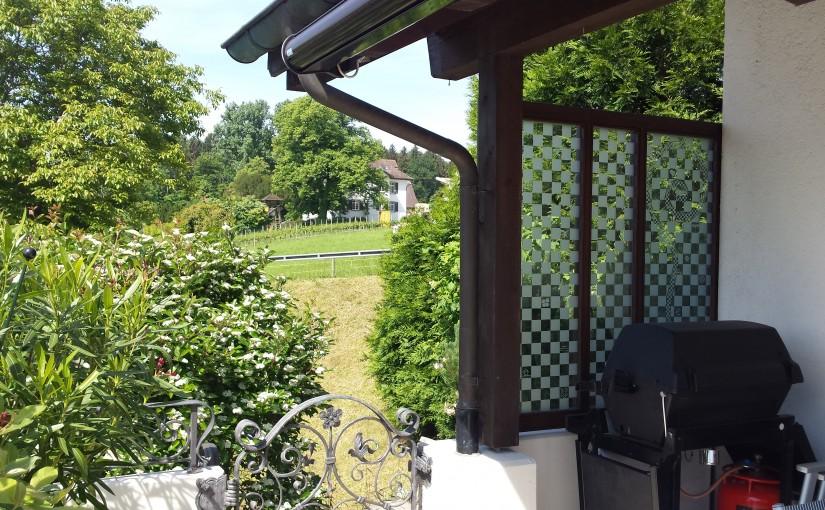 windschutz terrasse transparent trendy das profil densa. Black Bedroom Furniture Sets. Home Design Ideas