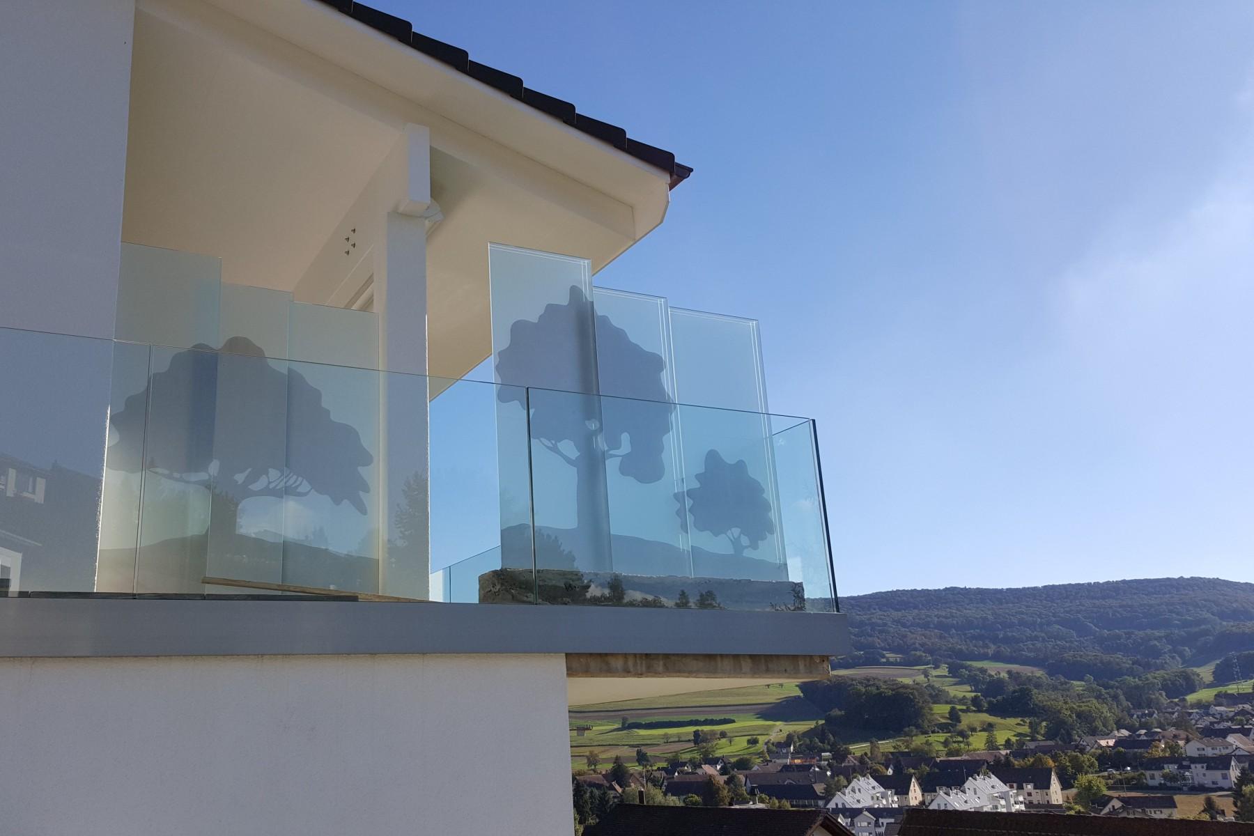 Sichtschutz Windschutz Raumteiler Geländer und Gartenskulpturen